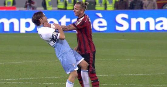 Филипп Мексес был очень вспыльчив в матче с Лацио